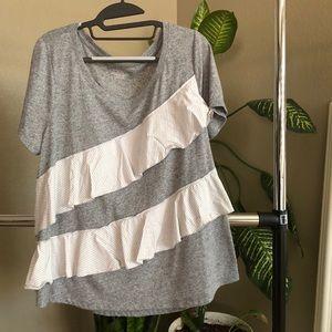 T shirt with ruffles
